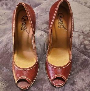 Carlos Santana 4 inch heels.